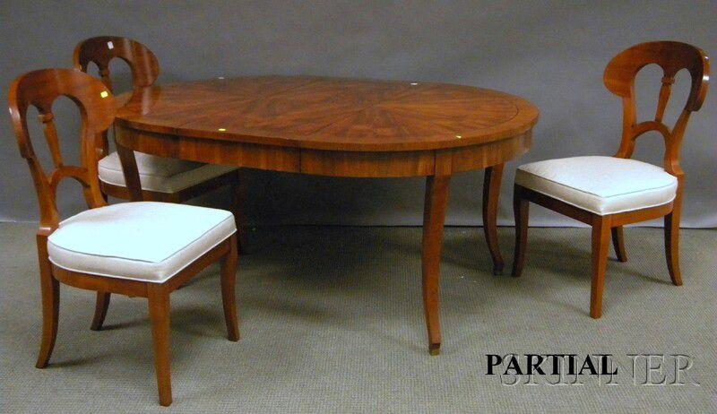 Biedermeier Style Circular Inlaid Mahogany Dining Table With
