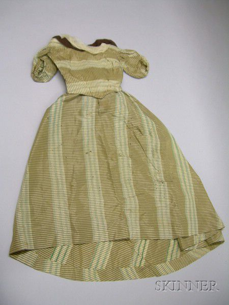 Group Of French And German Doll Clothes Sale Number 2419