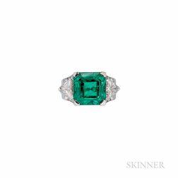 Oscar Heyman Platinum, Emerald, and Diamond Ring