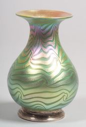 Durand Iridescent Art Glass