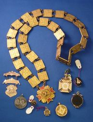 Group of Masonic Jewelry Items