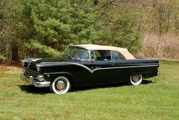 *1955 Ford Fairlane Sunliner Convertible