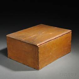 Shaker Yellow-stained Pine Covered Storage Box