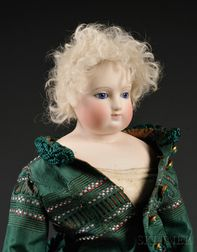 Early Shoulder Head French Fashion Doll