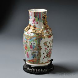 Export Rose Medallion Vase