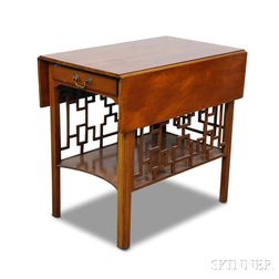 Chinese Chippendale-style Mahogany Pembroke Table