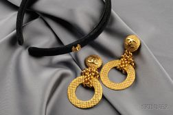 Costume Earpendants, Chanel