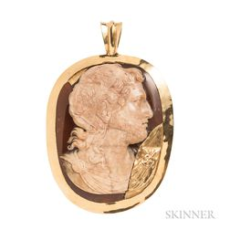 High-karat Gold and Hardstone Cameo Pendant