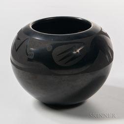 San Ildefonso Black-on-black Pottery Bowl