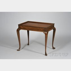 Kittinger Historic Newport Reproduction Queen Anne Style Carved Mahogany Tray-top   Tea Table