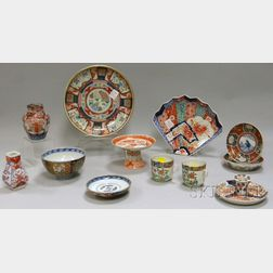 Twelve Assorted Imari and Japanese Porcelain Table Items.