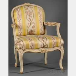 Pair of Louis XV-style Gray-painted and Silk-upholstered Fauteuil à la Reine