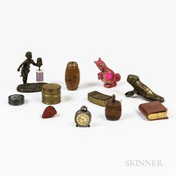 Group of Small Sewing Accessories