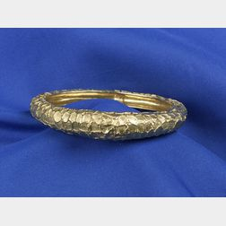 Contemporary 18kt Gold Bangle Bracelet