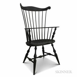 Modern Black-painted Fan-back Windsor Armchair