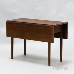 Country Cherry Taper-leg Drop-leaf Table