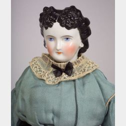 China Shoulder Head Doll with Fancy Hairstyle and Pierced Ears