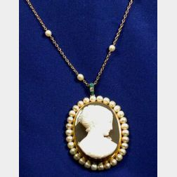 18kt Gold, Hardstone Cameo Pendant Necklace