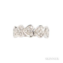 18kt White Gold and Diamond Heart Ring