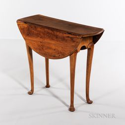 Diminutive Queen Anne Maple Tea Table