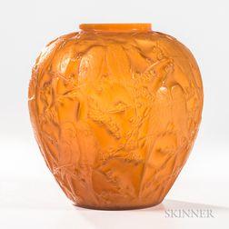 Rene Lalique Perruches Vase