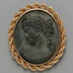 14kt Gold-framed Lava Cameo Pendant/Brooch