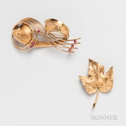 Two 18kt Gold Brooches