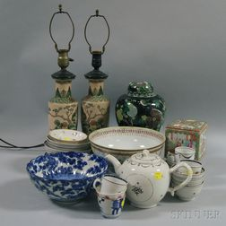 Approximately Thirty-one Pieces of Chinese and Chinese Export Porcelain