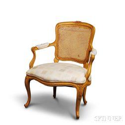 Louis XV-style Beechwood Fauteuil