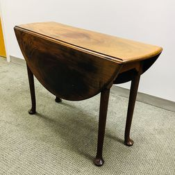Queen Anne Mahogany Drop-leaf Table
