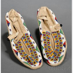 Central Plains Beaded Hide and Cloth Moccasins