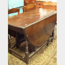 William & Mary Style Oak Drop-leaf Gateleg Table.
