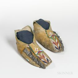 Apache Beaded Hide Man's Moccasins
