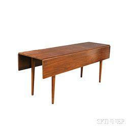 Henkel-Harris Co. Federal-style Mahogany Drop-leaf Table