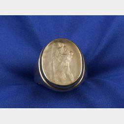 Gentleman's 14kt Gold Intaglio Ring
