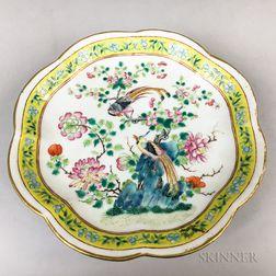 Famille Jaune Porcelain Tazza
