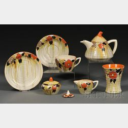 Seven Clarice Cliff Bizarre Ware Lydiat Pattern Table Items