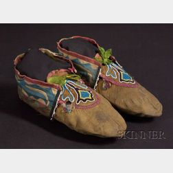 Great Lakes Beaded and Silk Ribbon Appliqué Hide Moccasins