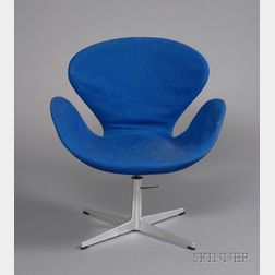 Arne Jacobsen (1902-1971) Swan Chair