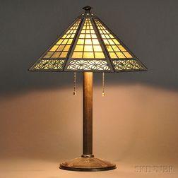 Bradley & Hubbard Table Lamp