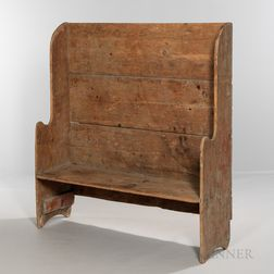Small Pine Settle