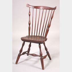 Red-stained Windsor Fan-back Side Chair