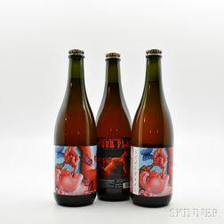 Upright Four Play, 3 750ml bottles