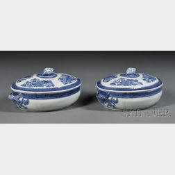 Pair of Blue Fitzhugh Pattern Porcelain Covered Vegetable Dishes