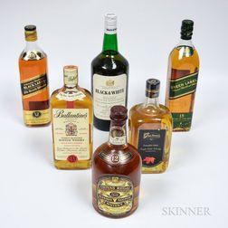 Mixed Whisky, 1 40 ounce bottle (oc) 1 760ml bottle 3 750ml bottles (2oc) 1 4/5 quart bottle (oc) 1 bottle (oc)
