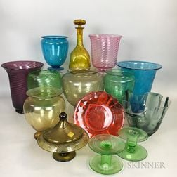 Fourteen Colored Glass Items