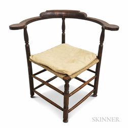 Country Turned Maple Roundabout Chair