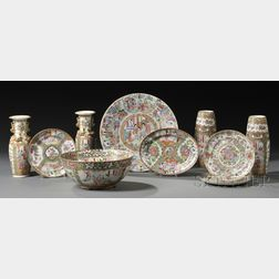 Ten Assorted Chinese Export Porcelain Items