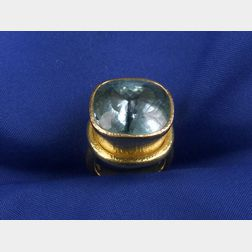 18kt Gold and Aquamarine Ring