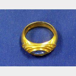 18kt Gold Aquamarine Ring.